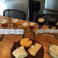 Photo prise au Old Ox Brewery par Bradley H. le4/19/2015