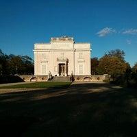 11/10/2013にMatt J.がBagatelle Mansionで撮った写真
