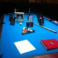 Foto diambil di Two Stooges Sports Bar & Grill oleh Patrick K. pada 12/7/2012