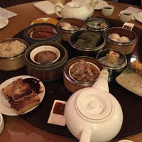 1/24/2015 tarihinde Cindy U.ziyaretçi tarafından China Pearl Restaurant'de çekilen fotoğraf