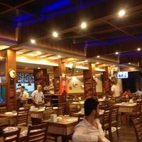 9/23/2013 tarihinde Hacer K.ziyaretçi tarafından Flash Restaurant'de çekilen fotoğraf