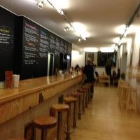 1/25/2013에 Clara M.님이 La Castanya Gourmet Burger에서 찍은 사진