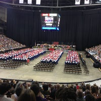 รูปภาพถ่ายที่ SNHU Arena โดย Darlene S. เมื่อ 6/15/2013