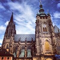 9/22/2013 tarihinde Arzhna L.ziyaretçi tarafından Prag Kalesi'de çekilen fotoğraf