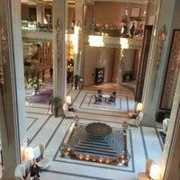 1/18/2013 tarihinde .иziyaretçi tarafından Siam Kempinski Hotel Bangkok'de çekilen fotoğraf