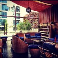 Снимок сделан в Alberto Restobar & Lounge пользователем Lina J. 10/20/2012