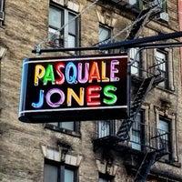 Foto tirada no(a) Pasquale Jones por Jason B. em 10/9/2016