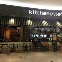 Foto scattata a kitchenette da Gerard S. il 12/29/2012