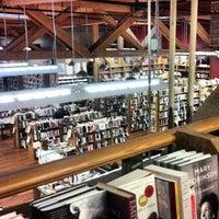 Foto scattata a Elliott Bay Book Company da Brian E. il 3/13/2013