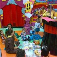 Foto tirada no(a) Play Space por Kelly Marcelino em 6/28/2014