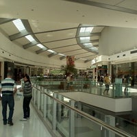Foto tirada no(a) Independência Shopping por Fabricio R. em 4/27/2013
