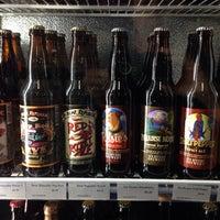 Foto tirada no(a) Liquor Barn por Gayle S. em 11/11/2014