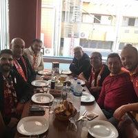 Photo prise au Altin Fici Pub Ocakbasi Restaurant par Süleyman le10/22/2017