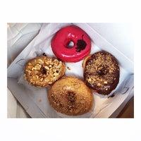 Das Foto wurde bei Dough von @HungryEditor B. am 2/14/2015 aufgenommen