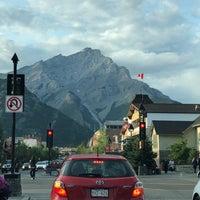 Das Foto wurde bei Town of Banff von Danny C. am 7/24/2018 aufgenommen