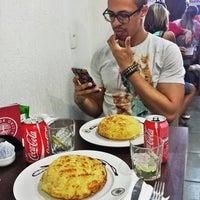 Foto diambil di Café Kairós oleh Fernando C. pada 1/15/2016