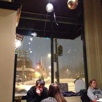 รูปภาพถ่ายที่ Cedar Crossing Tavern and Wine Bar โดย Trey N. เมื่อ 2/13/2014