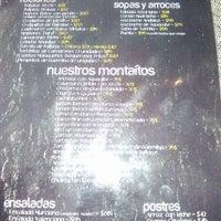 Foto scattata a A Boleo Tapas Bar da Ruben R. il 9/21/2012