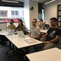 Foto tomada en NYU Leslie Entrepreneurs Lab por Frank R. el 9/6/2018