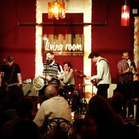 Foto tomada en The Living Room  por Adam S. el 1/20/2013