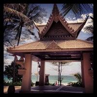 Das Foto wurde bei Kata Beach Resort & Spa von Noppanan S. am 8/5/2013 aufgenommen