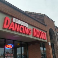 Foto tirada no(a) Dancing Noodle por Meagan W. em 4/6/2018