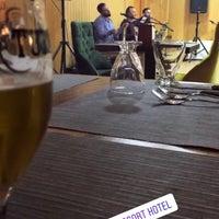 Foto tirada no(a) Ayder Resort Hotel por Nuran Ç. em 2/17/2018
