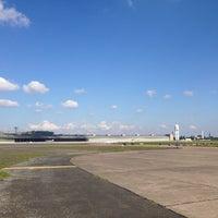 10/2/2013 tarihinde An E.ziyaretçi tarafından Tempelhofer Feld'de çekilen fotoğraf