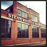 4/17/2013にNissaがSteam Whistle Brewingで撮った写真