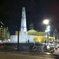 Снимок сделан в Площадь Дам пользователем Puifai N. 2/1/2013