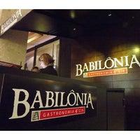 Foto diambil di Babilônia Gastronomia oleh Babilônia Gastronomia &. pada 2/26/2014