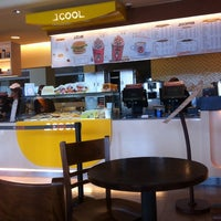 Foto tirada no(a) J.CO Donuts & Coffee SPR Plaza por yoseph h. em 10/24/2013