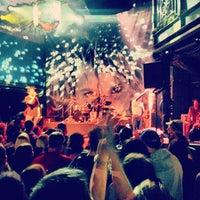 Das Foto wurde bei 9:30 Club von Howard J. am 12/14/2012 aufgenommen