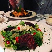 5/3/2017 tarihinde Michelle G.ziyaretçi tarafından MarkJoseph Steakhouse'de çekilen fotoğraf