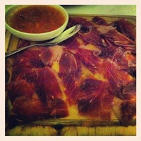 Photo prise au Binomio Spanish Restaurante par Vivian P. le1/4/2013