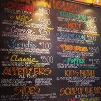Foto tomada en Cheesie's Pub and Grub por Amy S. el 6/7/2013