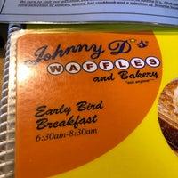 Foto tirada no(a) Johnny D's Waffles and Bakery por Jonathan U. em 1/26/2021