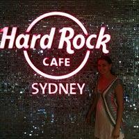 Foto tirada no(a) Hard Rock Cafe Sydney por april m. em 2/1/2013