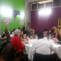 Photo prise au Bar Taurino Tematico par Julian N. le12/30/2013