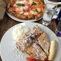 Das Foto wurde bei San Marzano Brick Oven Pizza von Patricia L. am 2/10/2013 aufgenommen