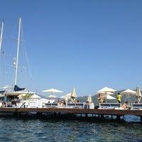 8/23/2013 tarihinde Kader A.ziyaretçi tarafından Palace Beach Club'de çekilen fotoğraf