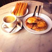 11/20/2013 tarihinde Javier H.ziyaretçi tarafından Cafe Sevilla'de çekilen fotoğraf
