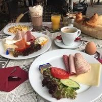 Снимок сделан в Brasserie Barock пользователем Stefan S. 8/8/2017