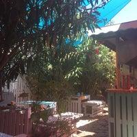 8/10/2018 tarihinde Yasemin B.ziyaretçi tarafından Büyükada Bistro Candy Garden'de çekilen fotoğraf