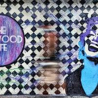 8/24/2013 tarihinde Wynwood Cafeziyaretçi tarafından Wynwood Cafe'de çekilen fotoğraf