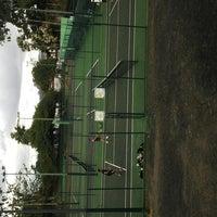 Foto tomada en Canchas de Tenis Cumbres por Angel P. el 12/7/2013
