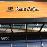 Das Foto wurde bei Peet's Coffee & Tea von Don P. am 11/13/2016 aufgenommen