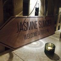 รูปภาพถ่ายที่ Jasmine Gastro Bar โดย Max L. เมื่อ 4/26/2018