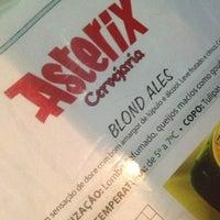 Снимок сделан в Cervejaria Asterix пользователем Roberta T. 10/18/2012
