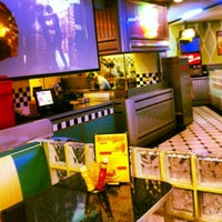 1/4/2013 tarihinde Cristina G.ziyaretçi tarafından Yesterday American Diner'de çekilen fotoğraf